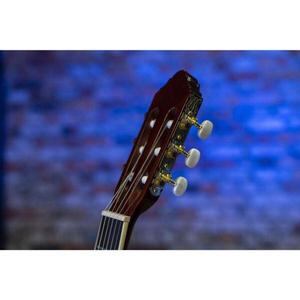 Artist d.o.o. Bosna i Hercegovina   prodaja Banjaluka, Sarajevo... Peavey klasična školska gitara Delta Wood CNS-2